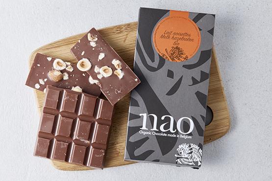 Bio Chocolat au lait et noisettes, Nao